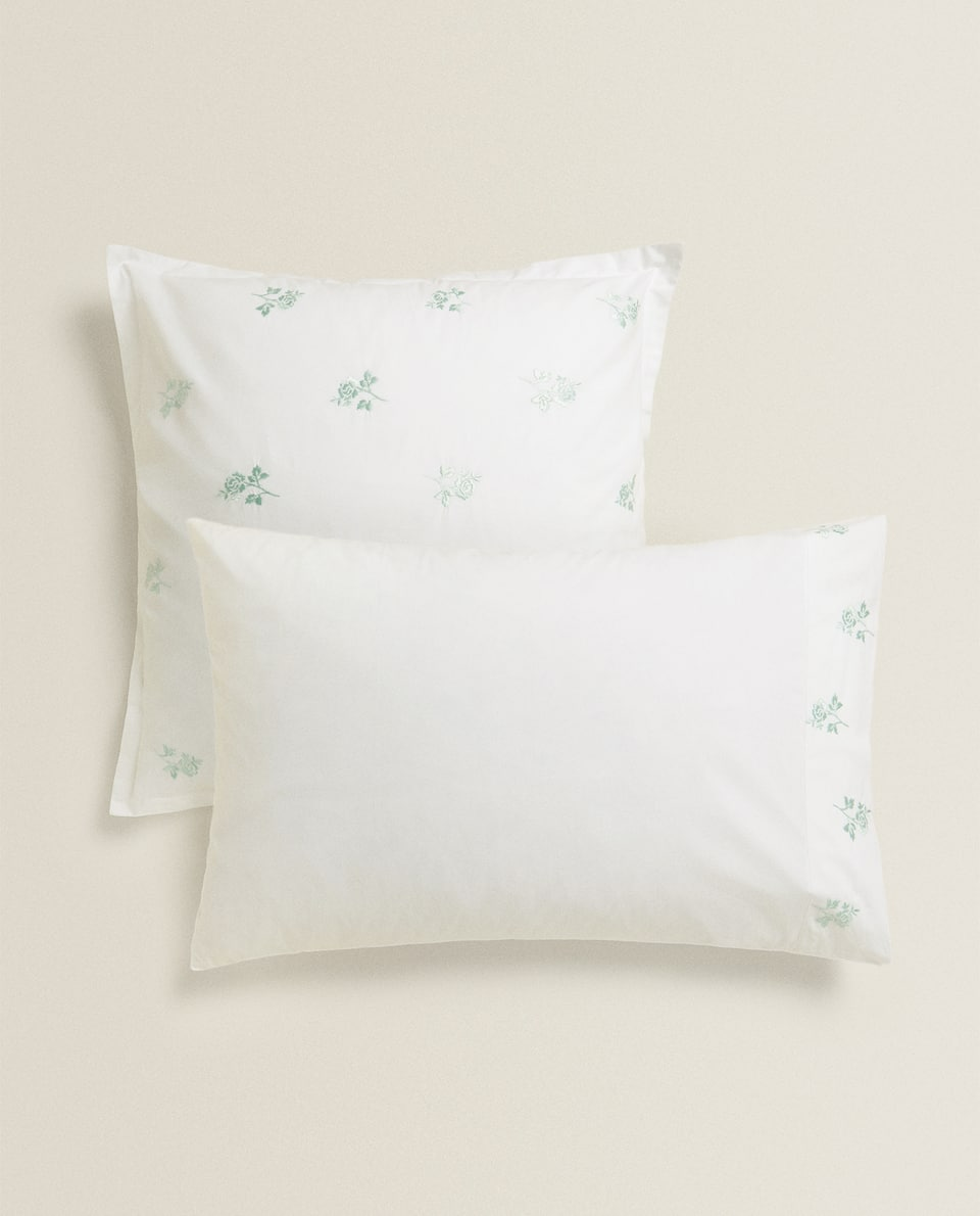 PILLOWCASE WITH ROSE EMBROIDERY