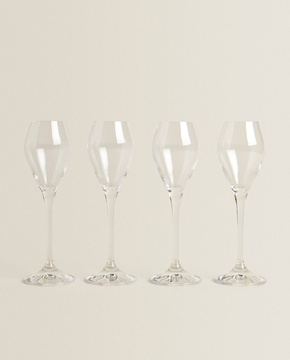 BOHEMIA CRYSTAL WINE-GLASS-SHAPED SHOT GLASSES (PACK OF 4)