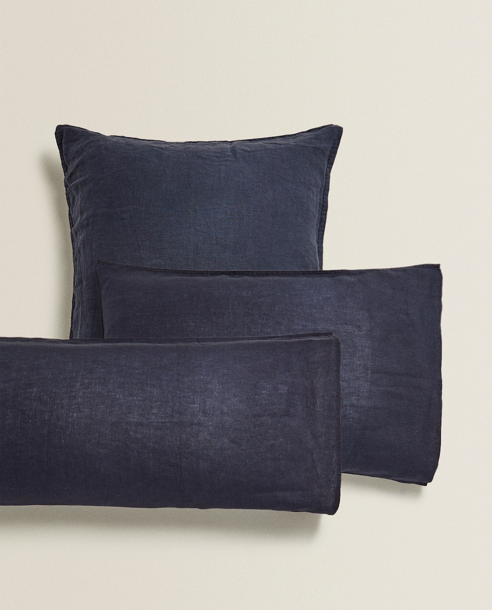 NAVY WASHED LINEN PILLOWCASE