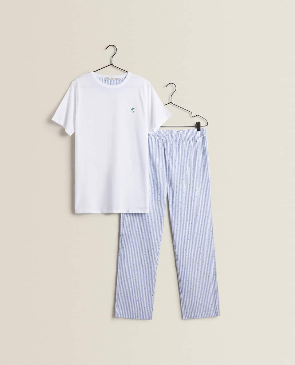 SET OF MEN'S PYJAMAS