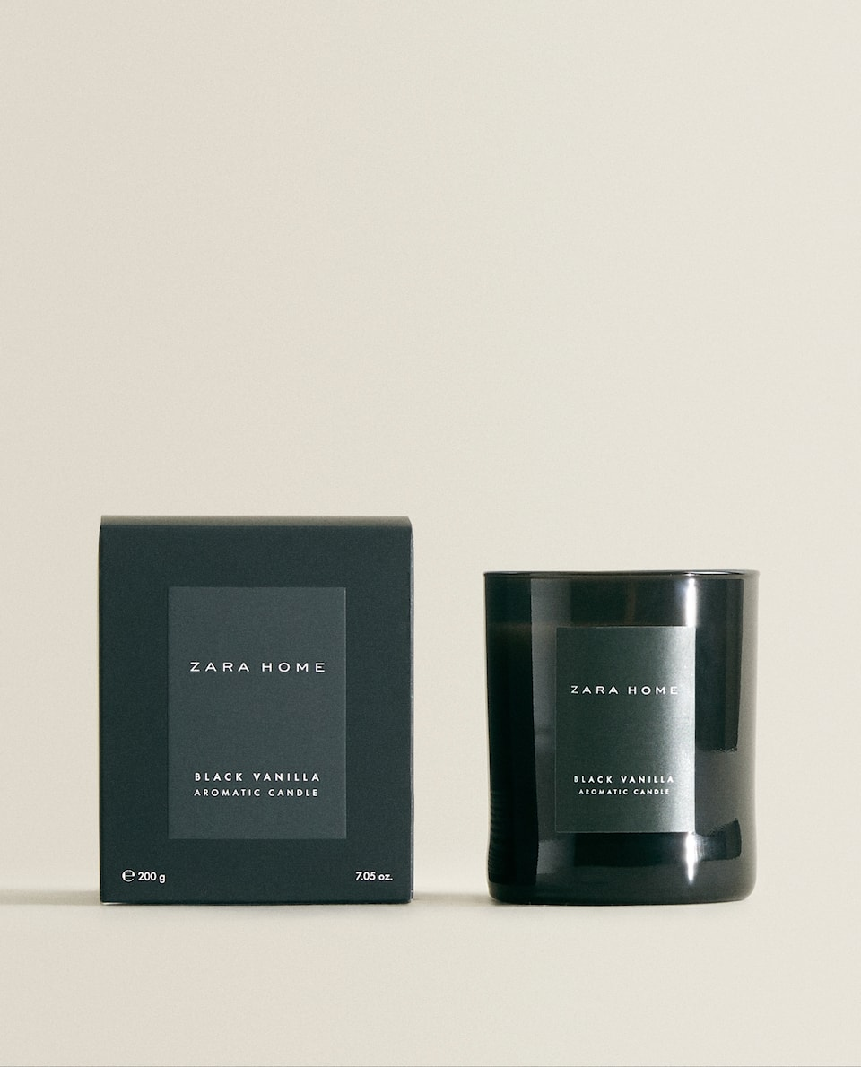 (200 G) BLACK VANILLA SCENTED CANDLE