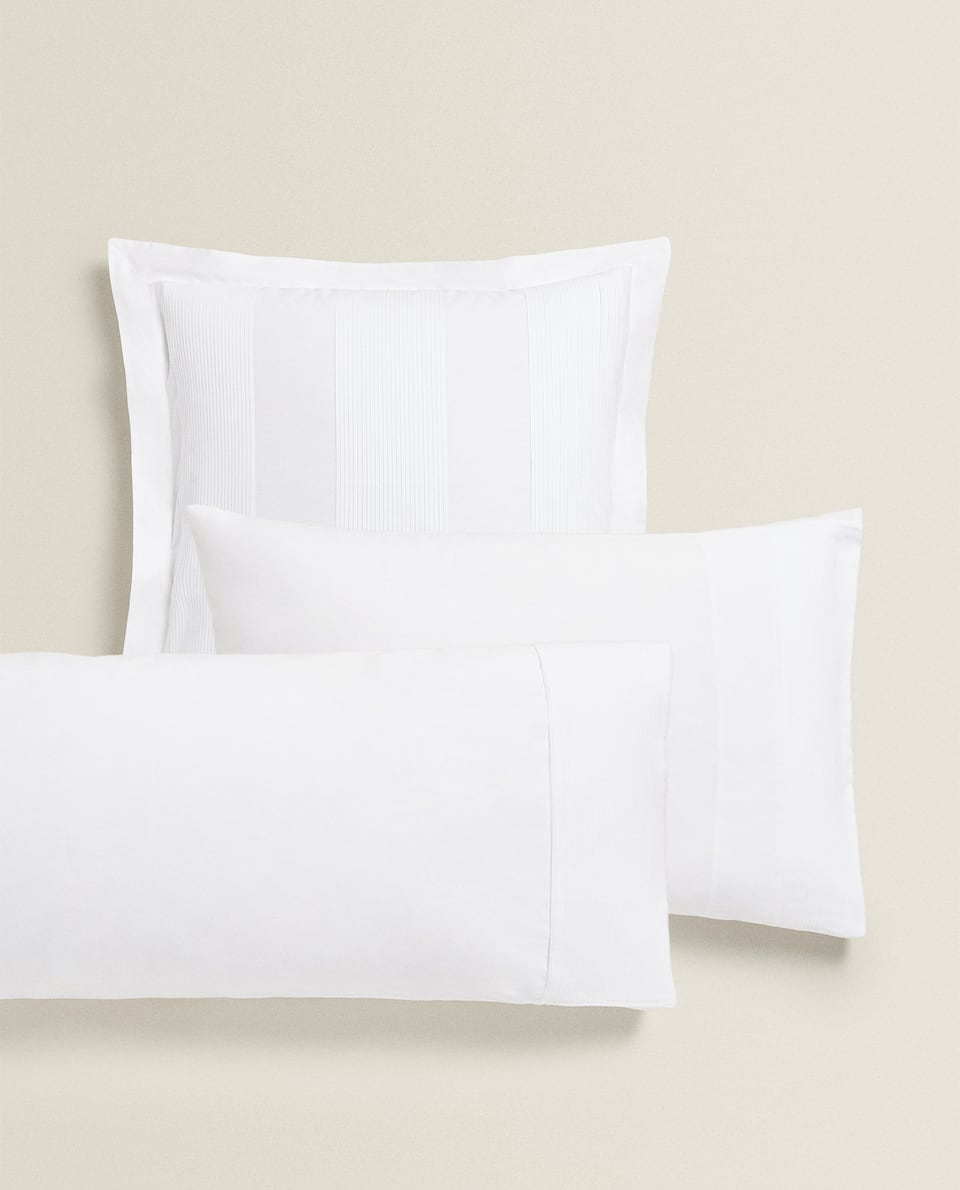 PLEATED PILLOWCASE