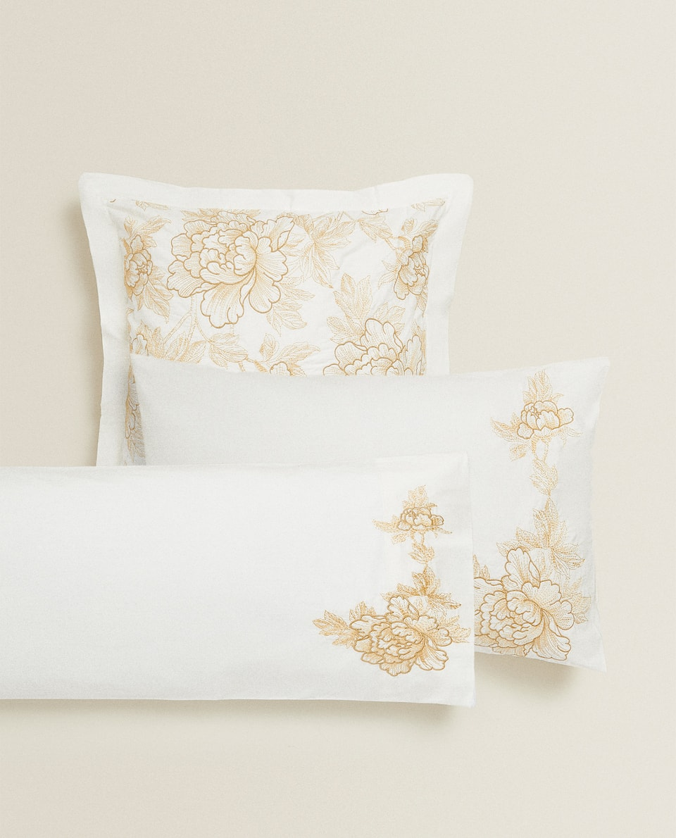 FLORAL EMBROIDERY PILLOWCASE