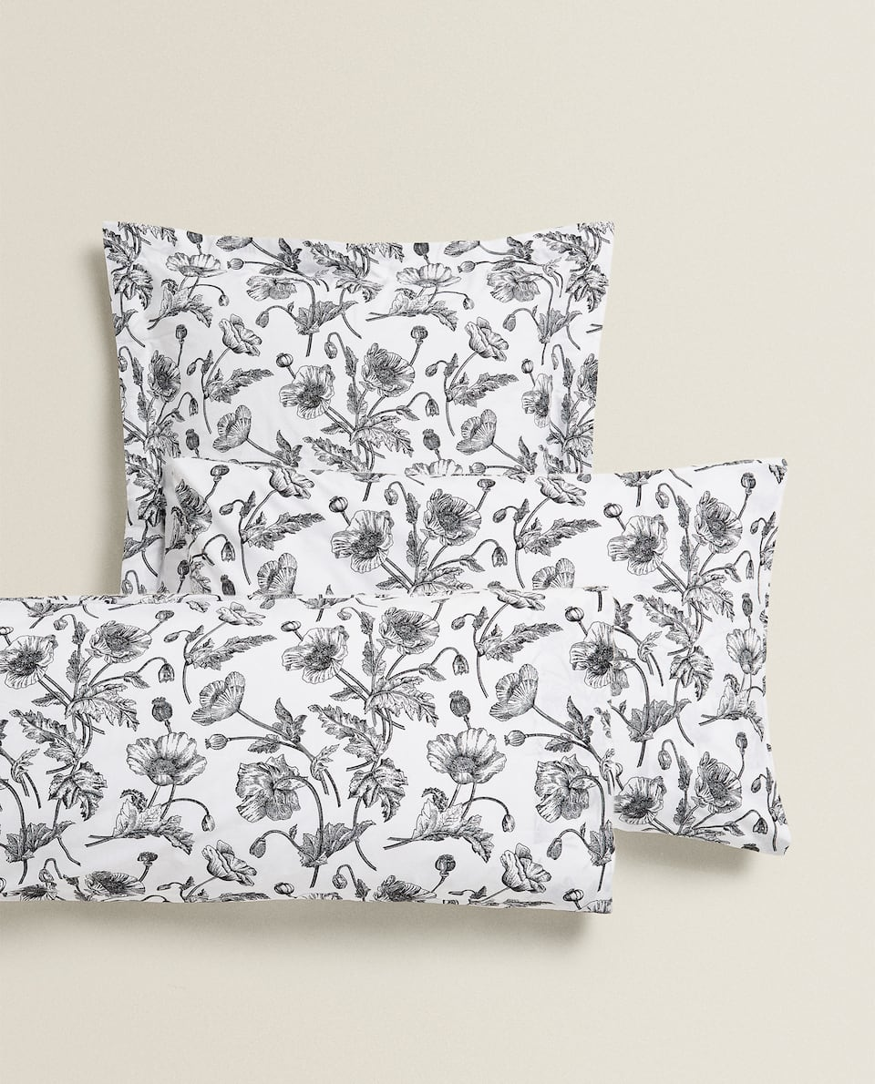BLACK FLORAL PRINT PILLOWCASE