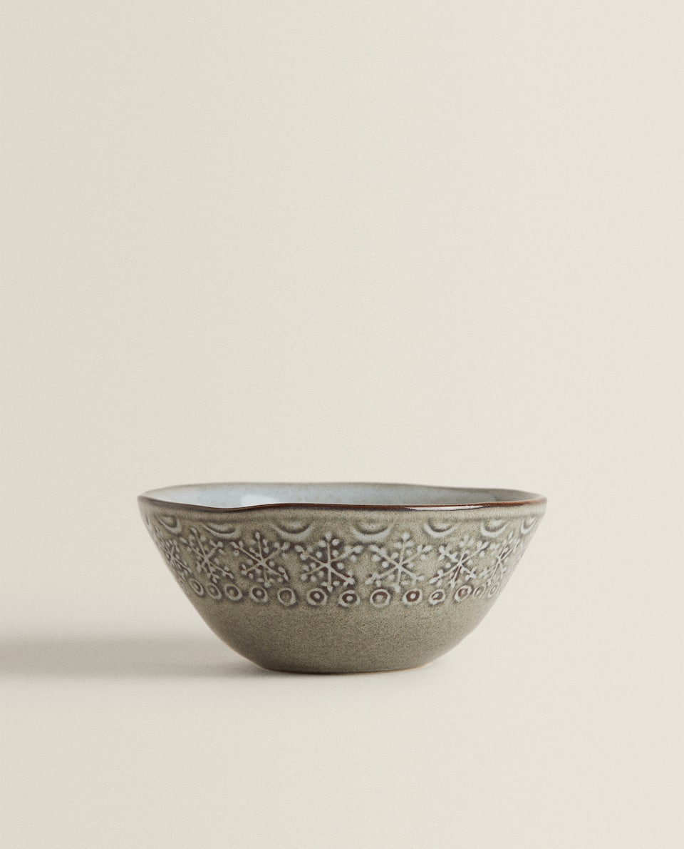 EARTHENWARE BOWL WITH RAISED SNOWFLAKE DESIGN