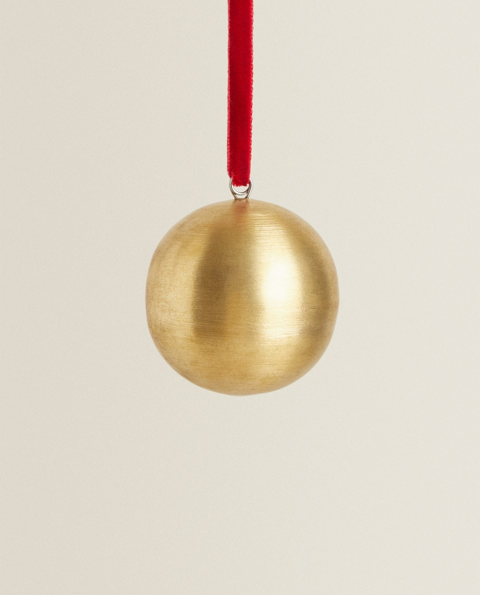 GOLDEN CHRISTMAS BAUBLE