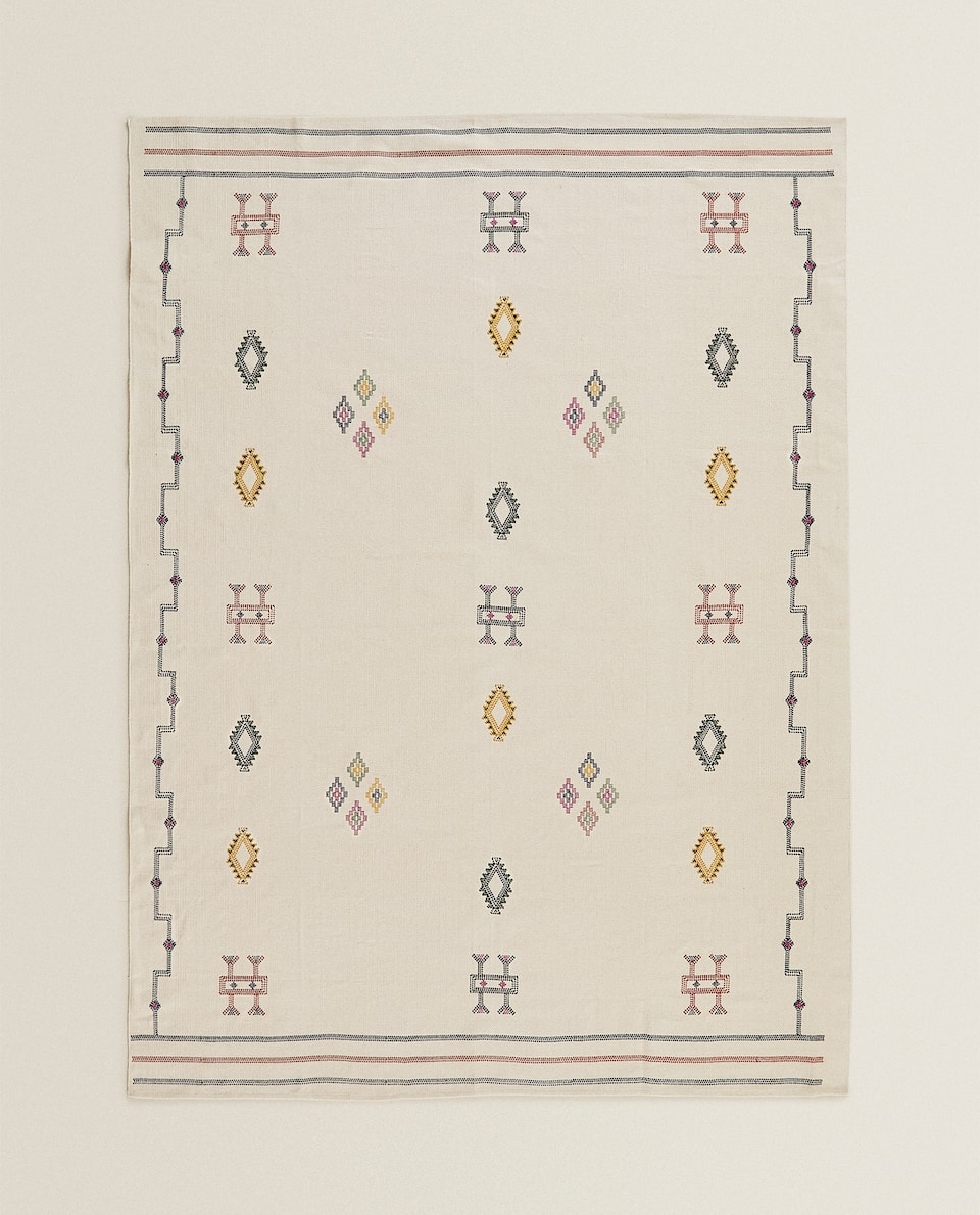EMBROIDERED COTTON RUG