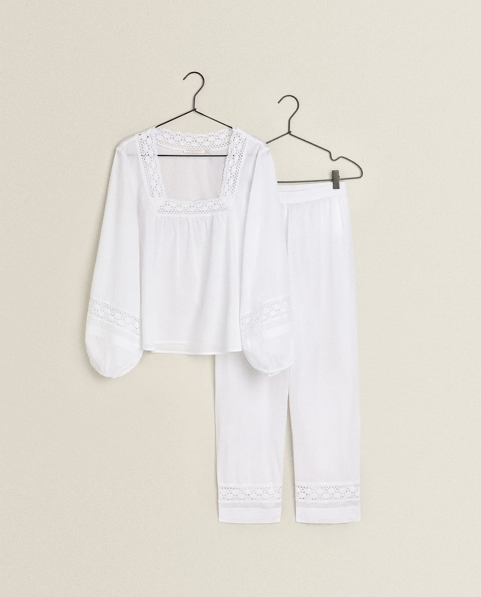 COTTON PYJAMAS WITH LACE TRIM