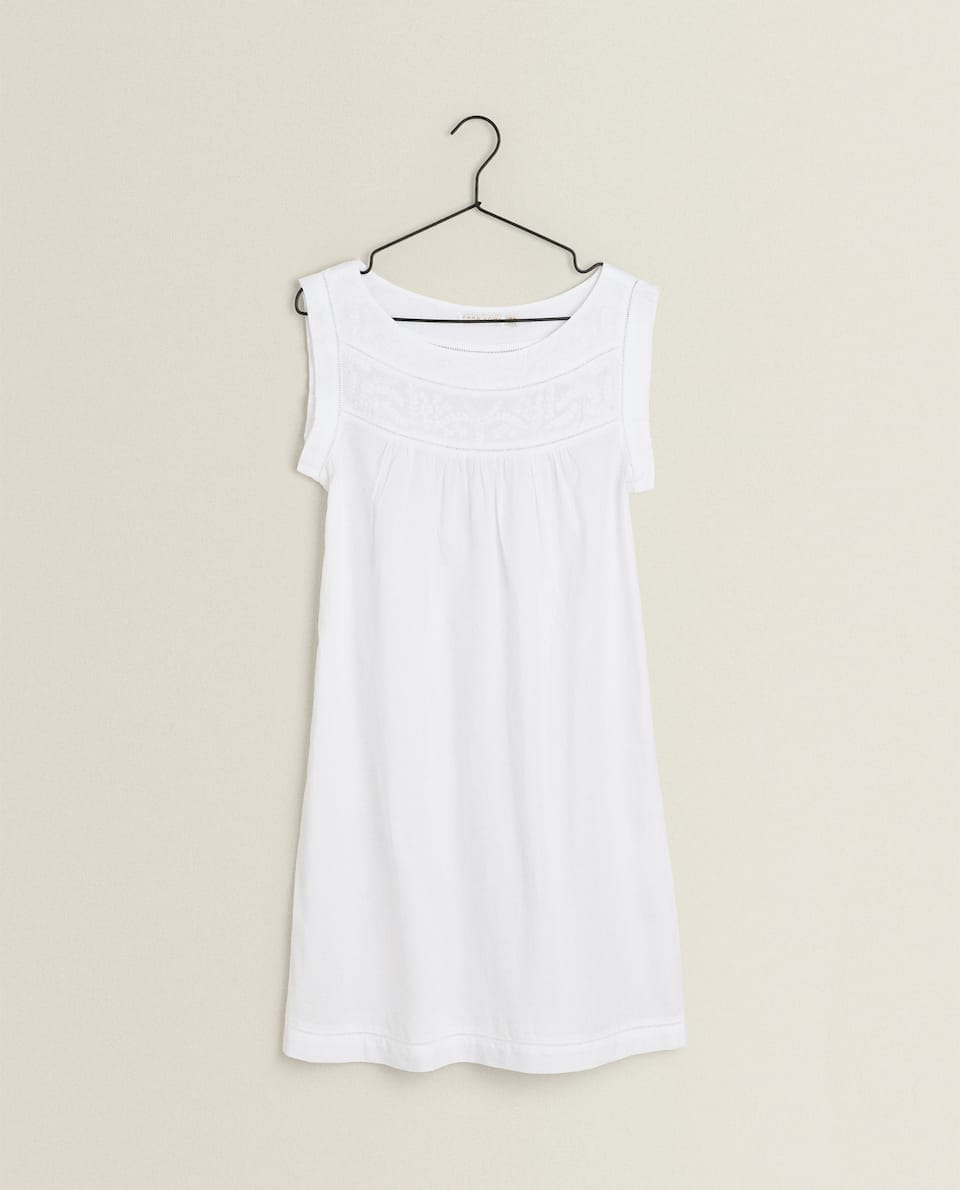 EMBROIDERED STRAPPY NIGHTDRESS