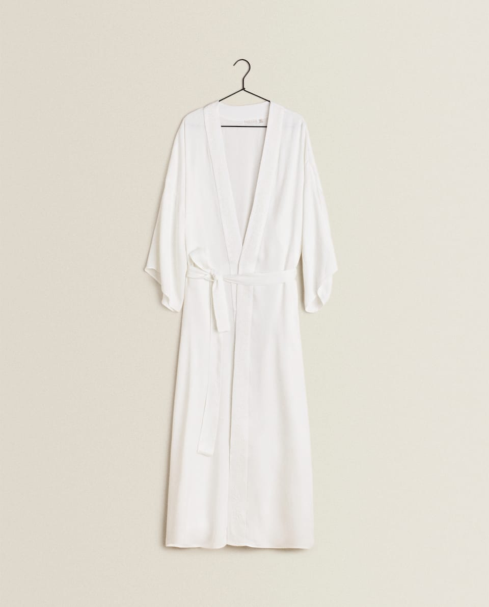EMBROIDERED SATEEN KIMONO DRESSING GOWN