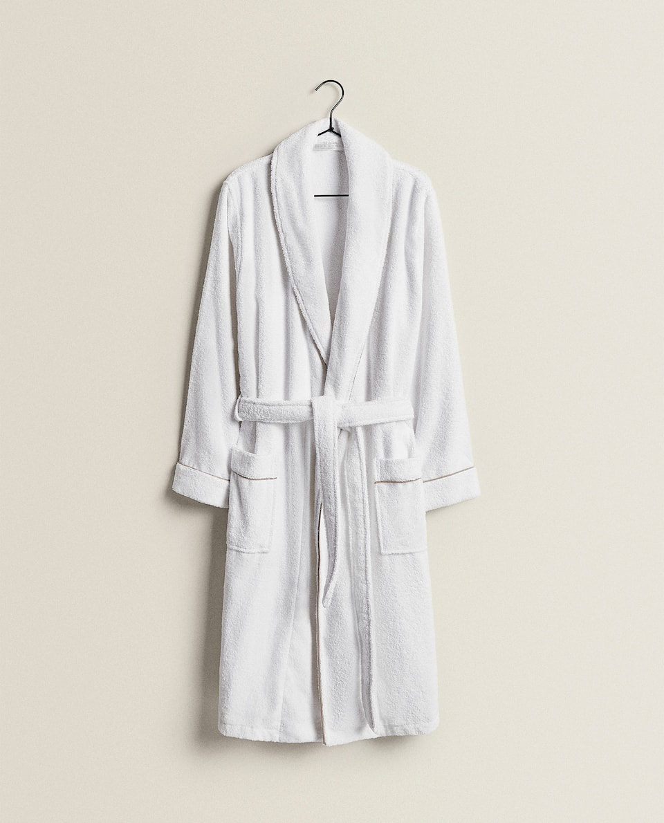 COTTON BATHROBE WITH PIPING