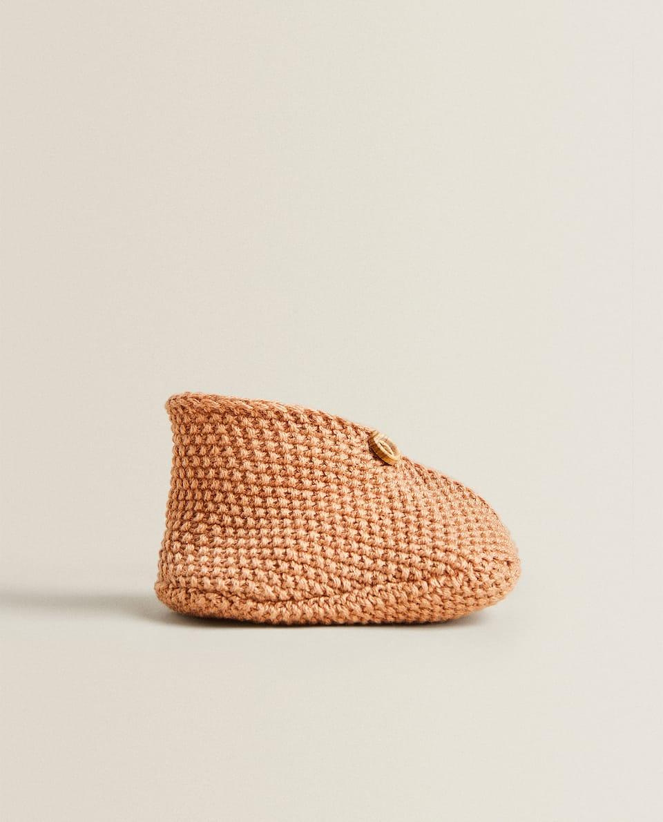 TRICOT BOOTIES