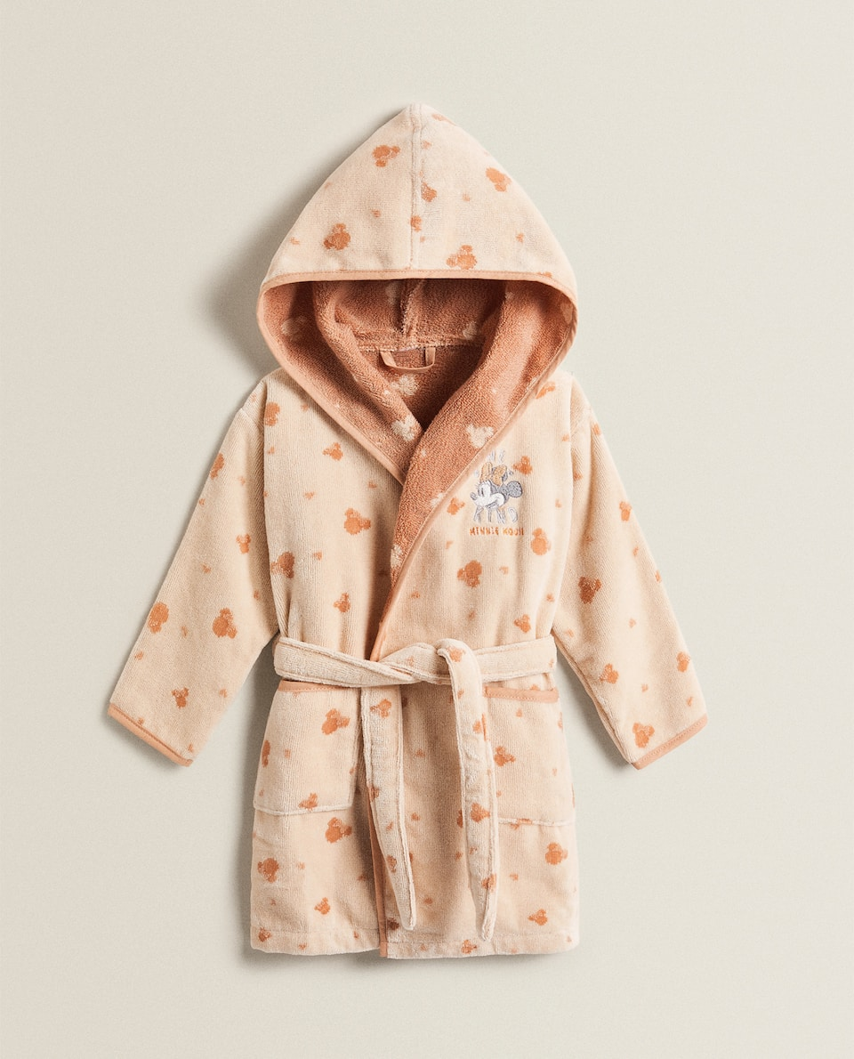 EMBROIDERED MINNIE MOUSE BATHROBE