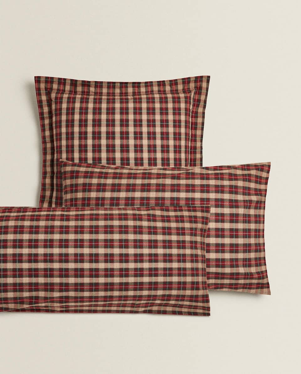 CHRISTMAS CHECK PRINT PILLOWCASE