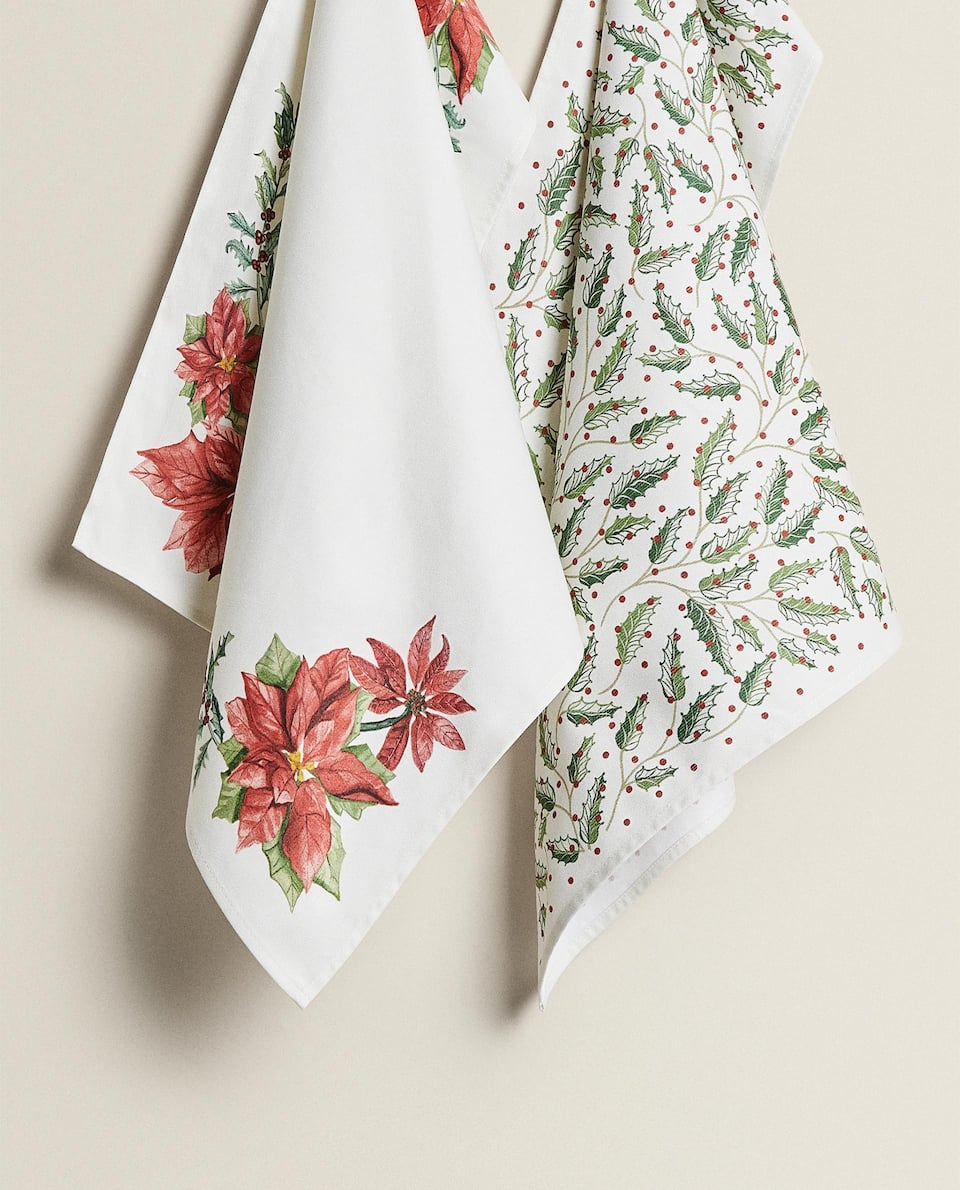 HOLLY PRINT TEA TOWEL (PACK OF 2)