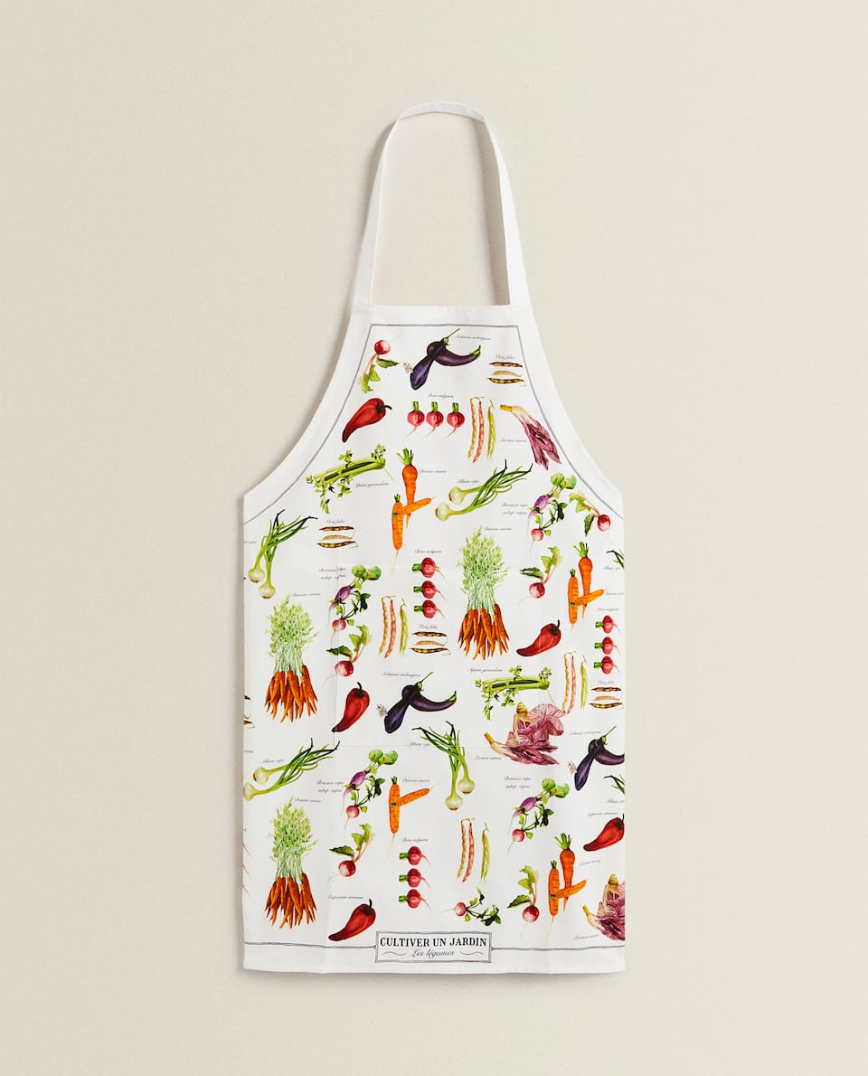 APRON WITH VEGETABLE PRINT
