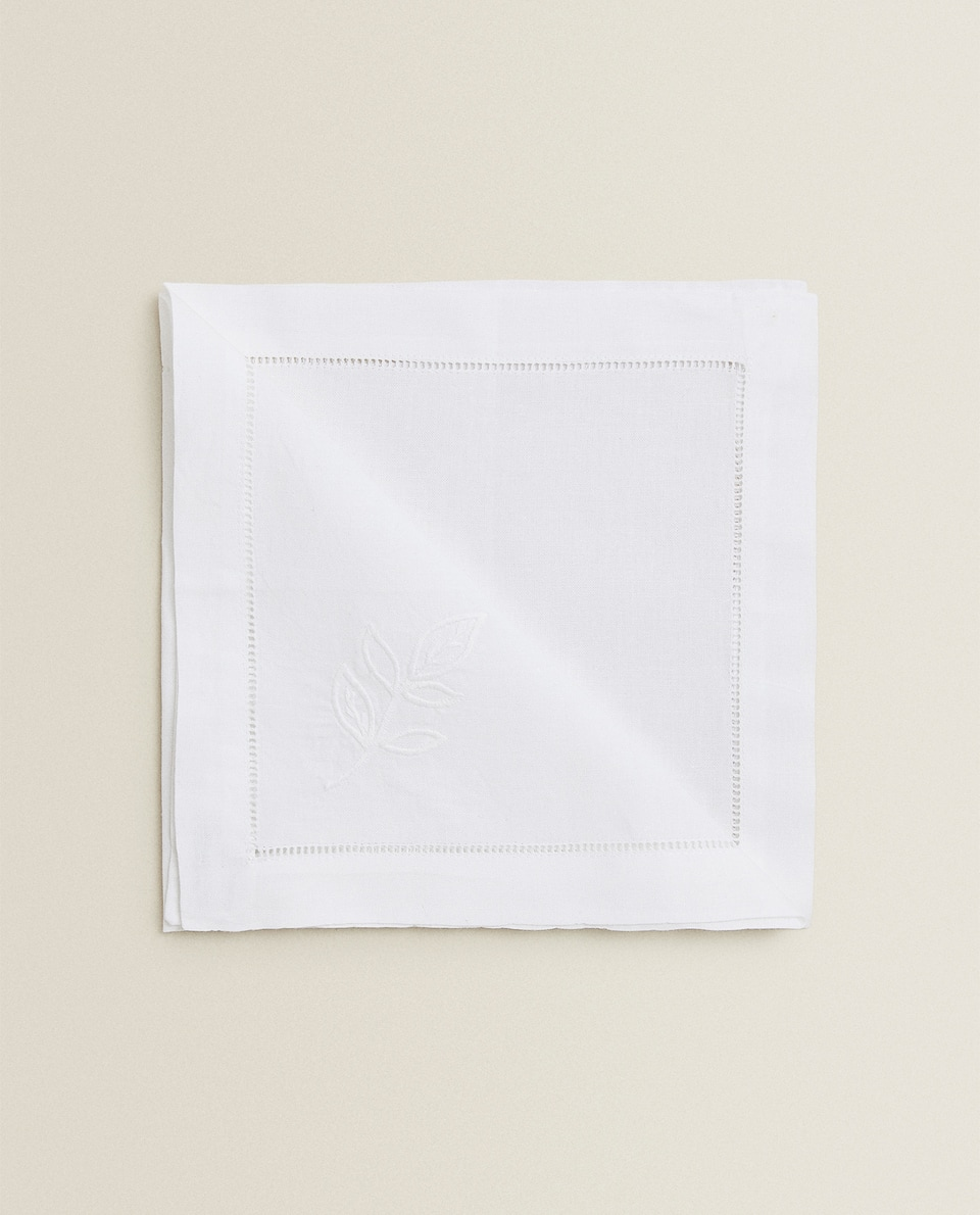 NAPKIN WITH EMBROIDERED LEAVES (PACK OF 2)