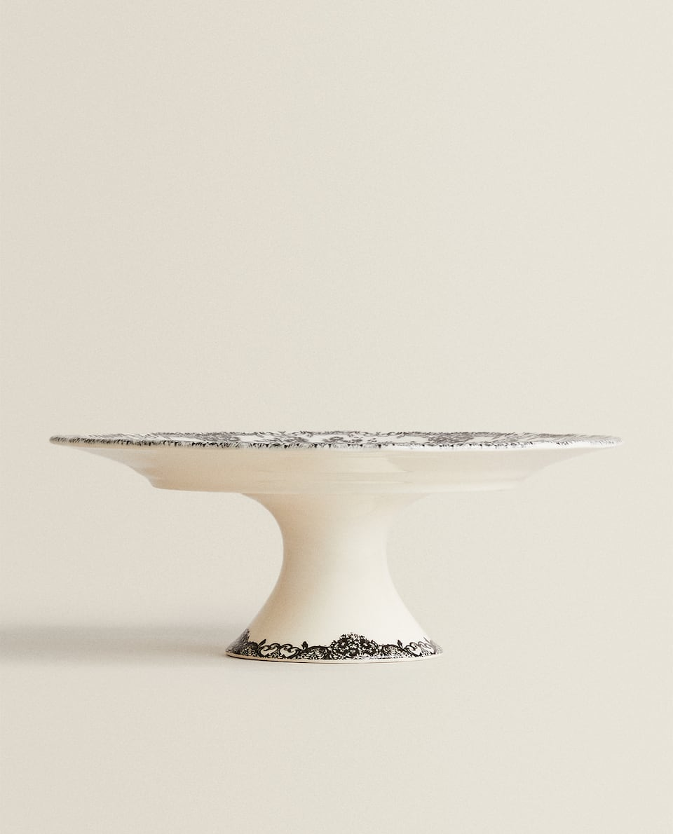 EARTHENWARE CAKE STAND
