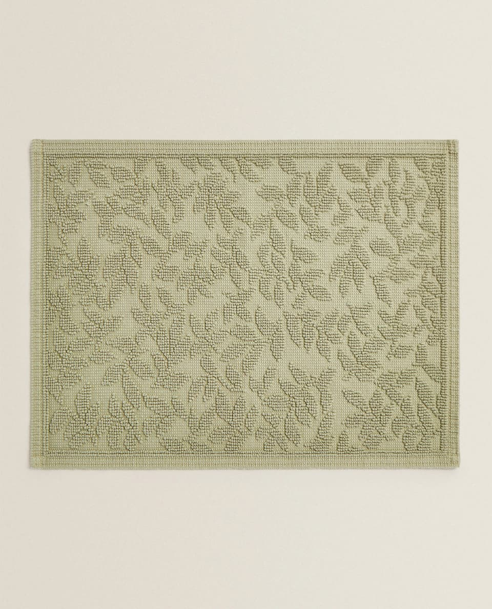 LEAF DESIGN BATH MAT