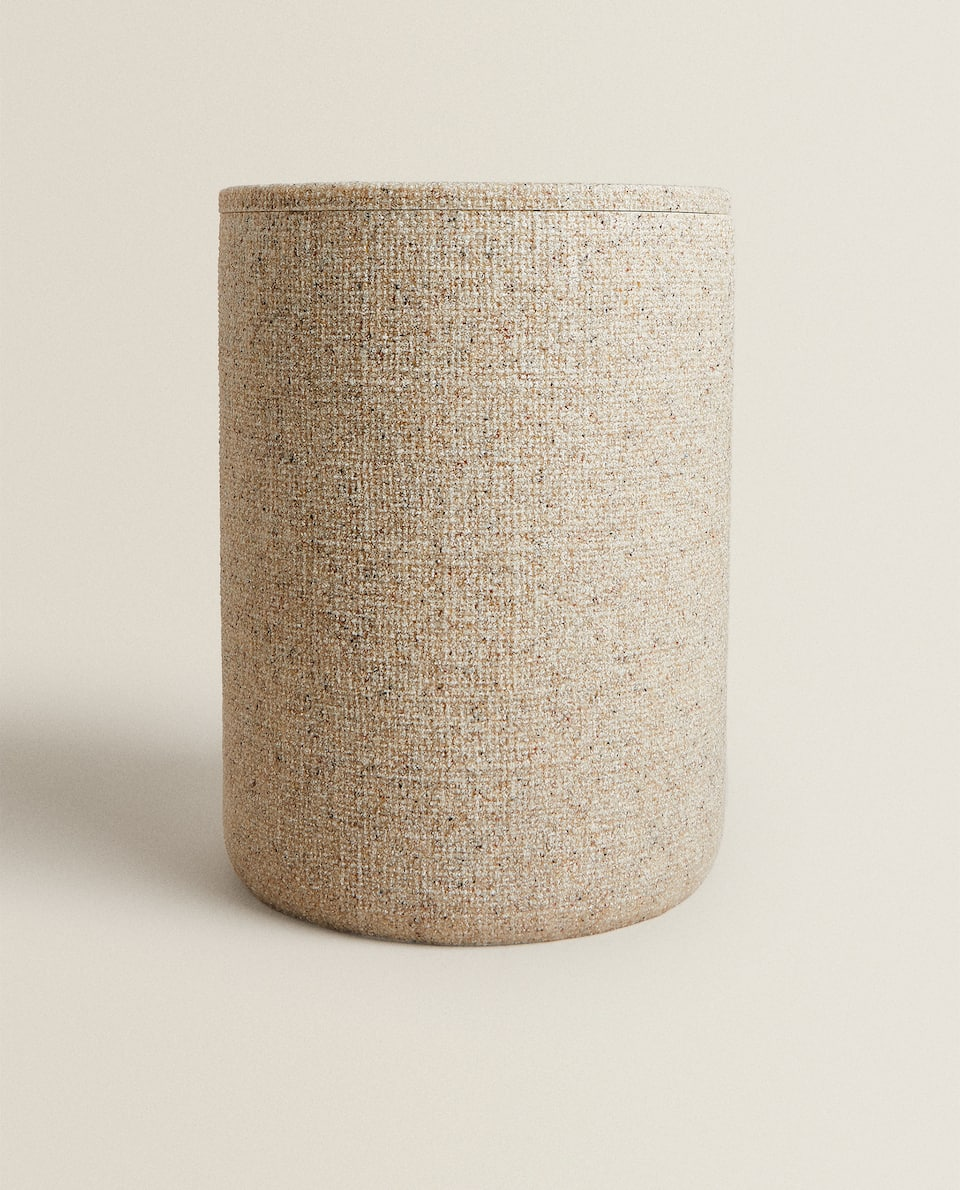 RESIN WASTEPAPER BIN WITH RAISED DESIGN