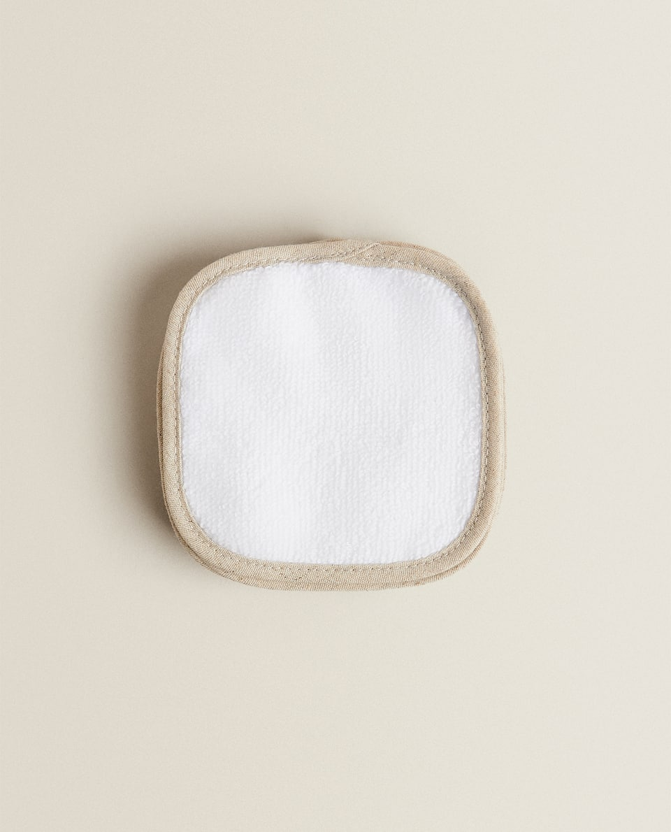 REUSABLE MAKEUP-REMOVAL PADS (PACK OF 7)