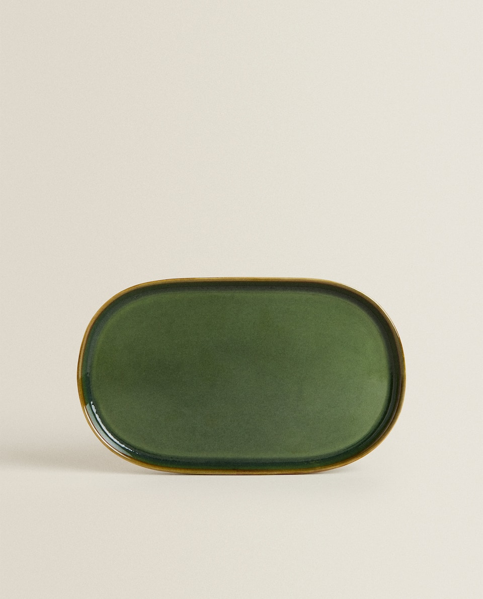 GREENISH STONEWARE SERVING DISH