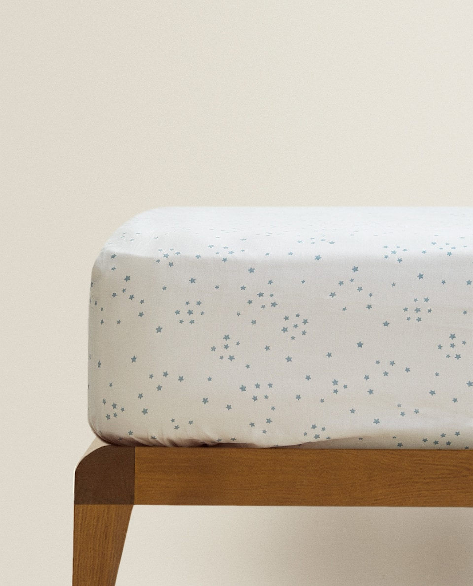 MINI STAR PRINT FITTED SHEET