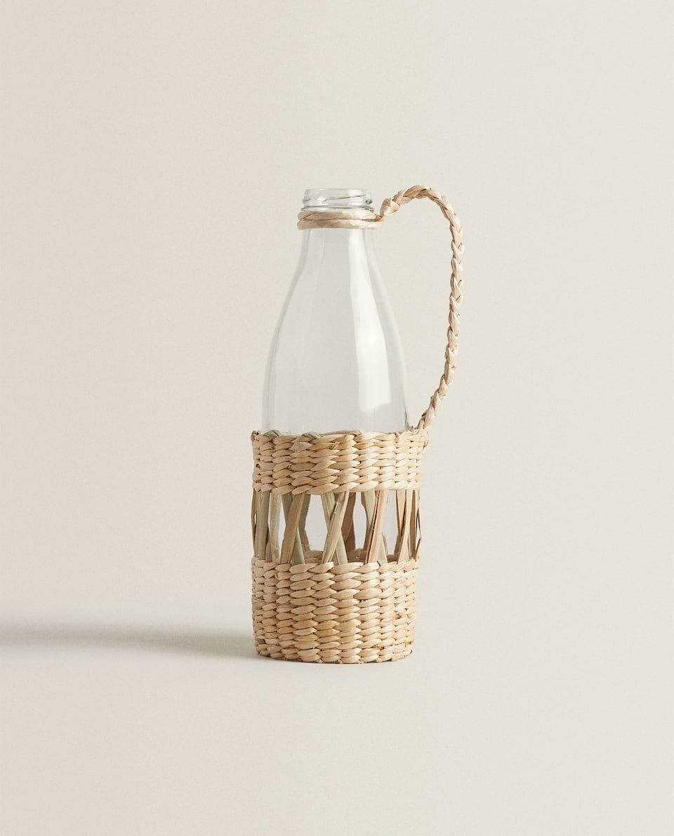 WOVEN FIBRE DETAIL BOTTLE
