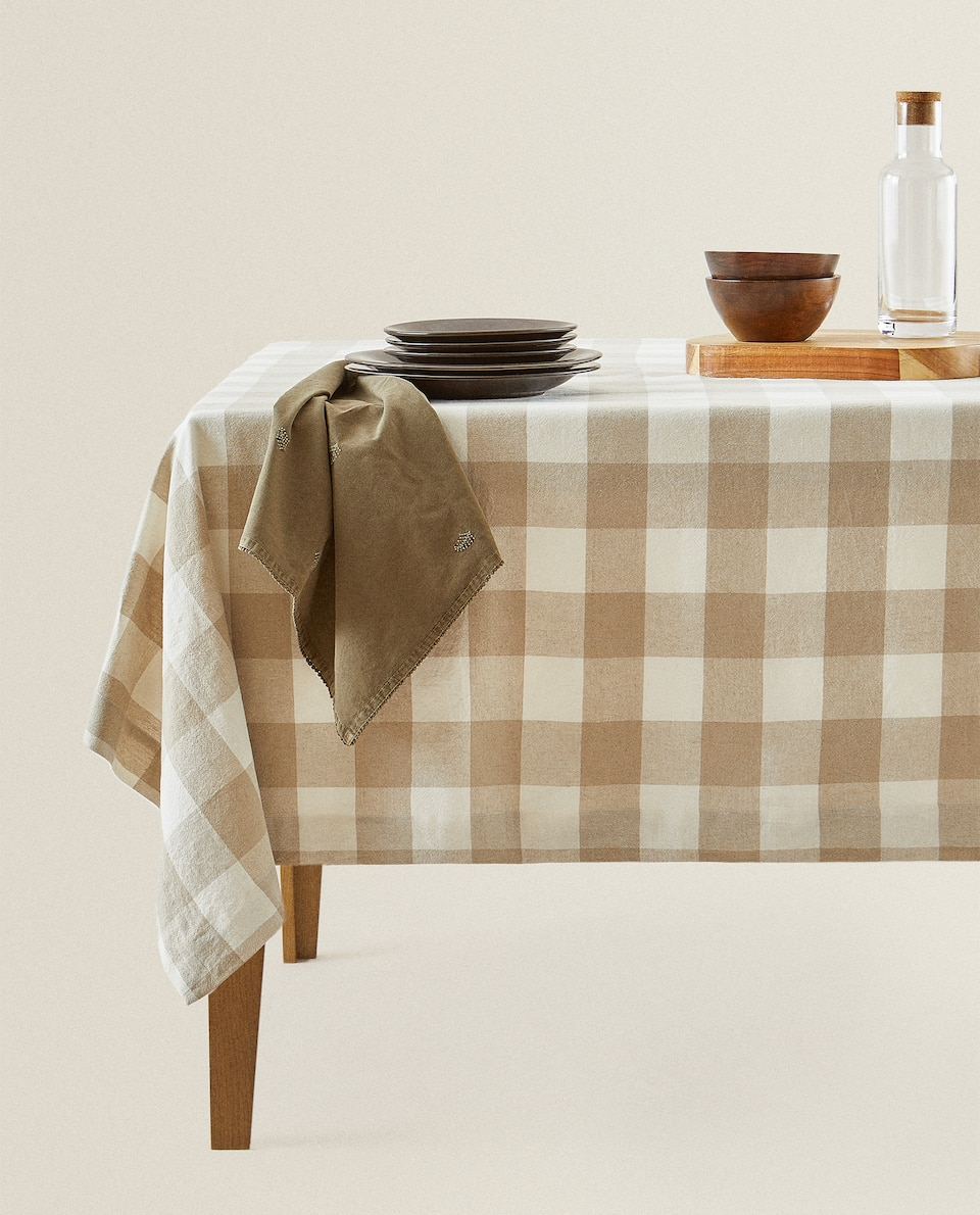 CHECK LINEN TABLECLOTH