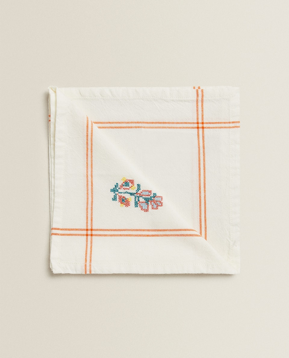 SERVIETTE DE TABLE CARREAUX BRODERIE FLORALE (LOT DE 2)