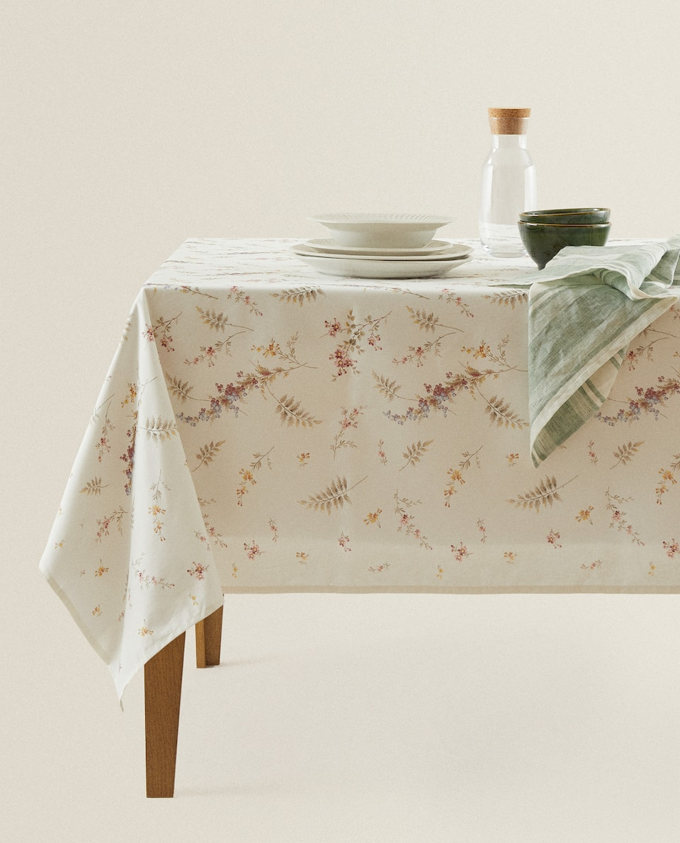 FLORAL AND FERN PRINT COTTON TABLECLOTH