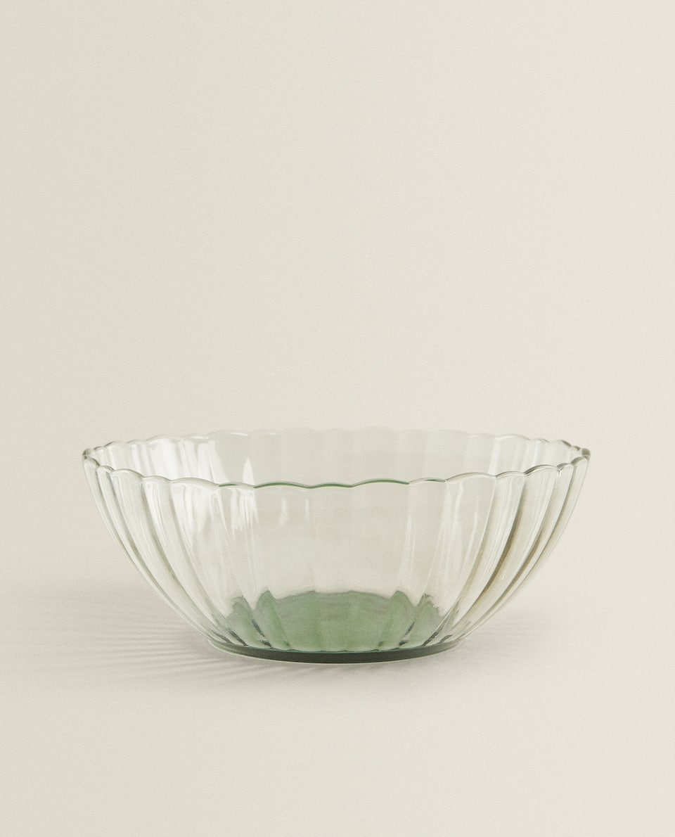 RAISED DESIGN SALAD BOWL