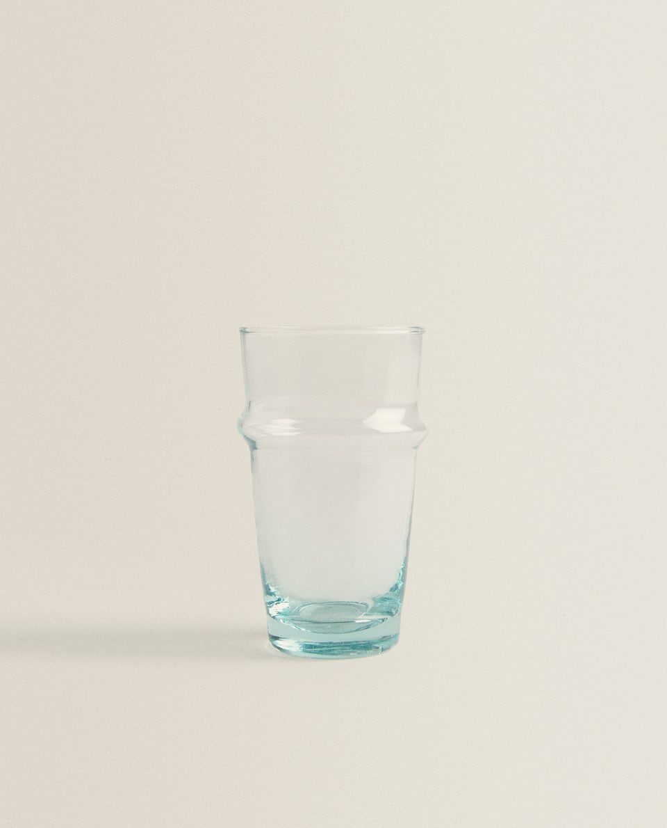 BLOWN GLASS SOFT DRINK TUMBLER