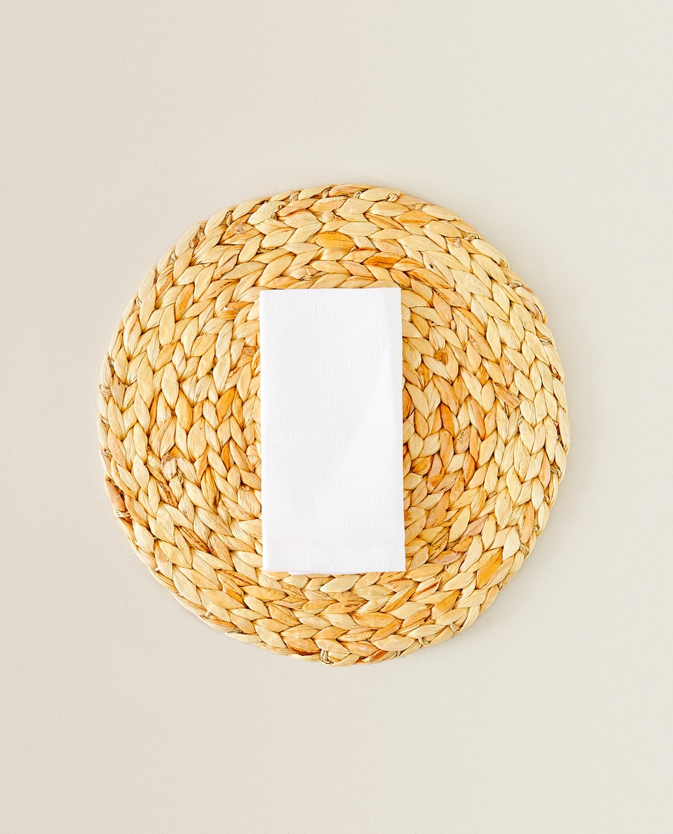 ROUND BRAIDED FIBRE PLACEMAT