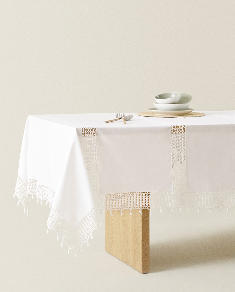 CROCHET COTTON TABLECLOTH