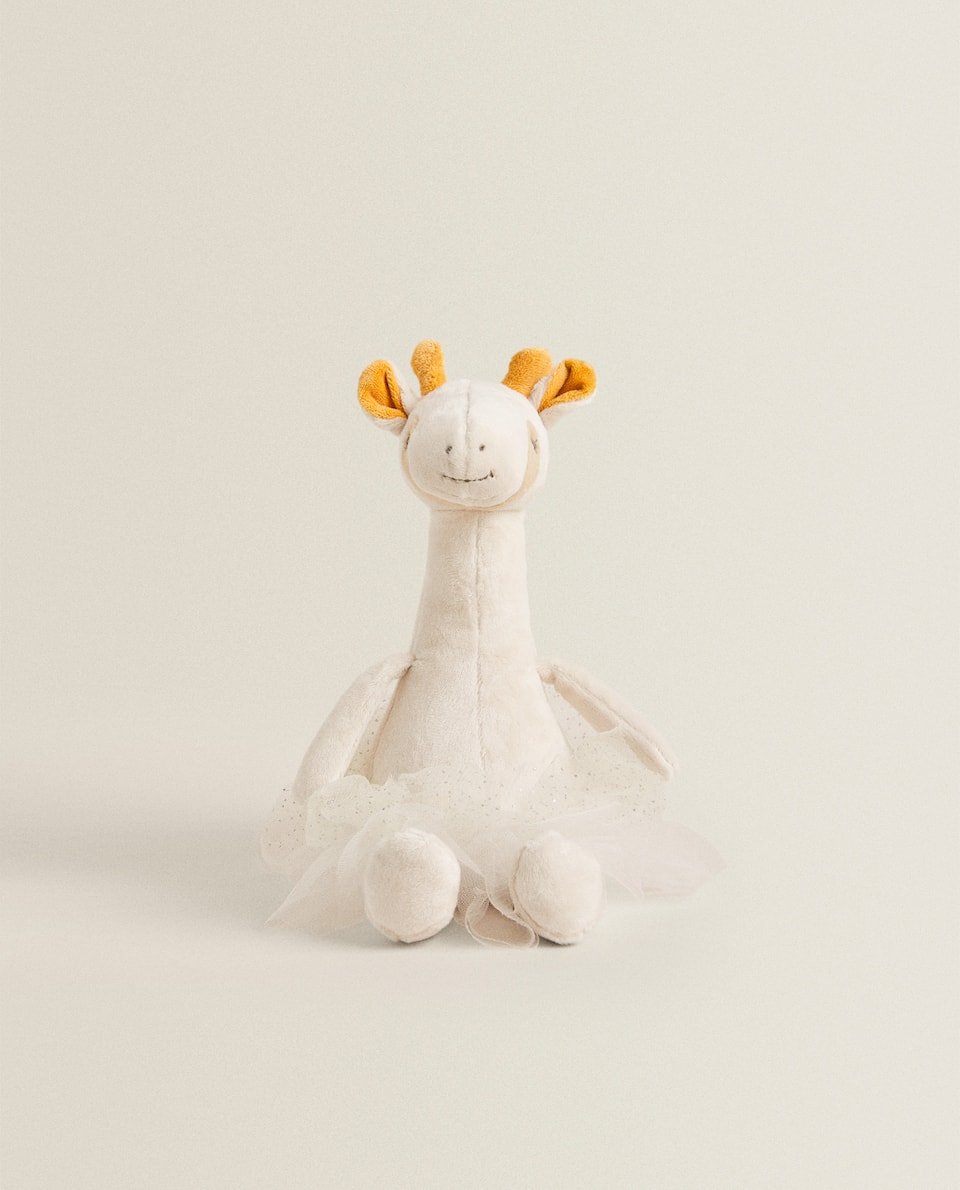 GIRAFFE SOFT TOY WITH TULLE