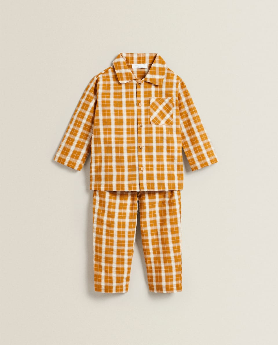SET OF CONTRAST CHECKED PYJAMAS