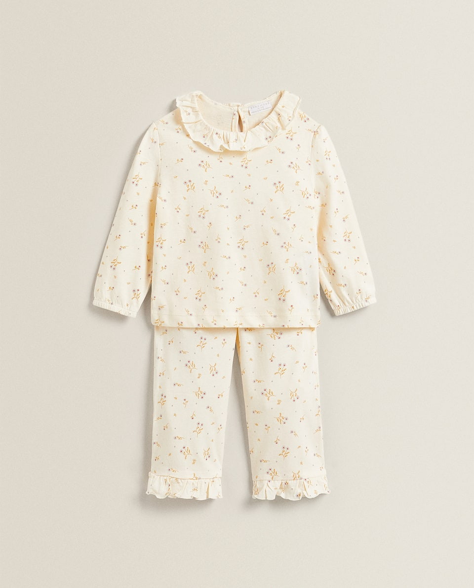 FLORAL PRINT SET OF PYJAMAS