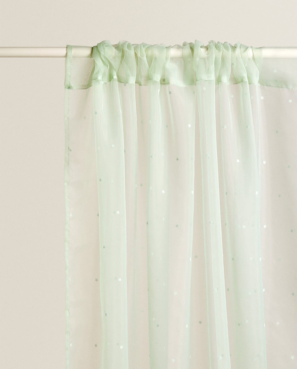 TULLE CURTAIN