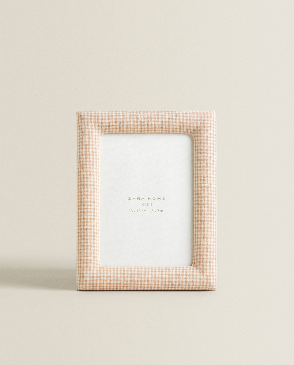 GINGHAM CHECK PHOTO FRAME
