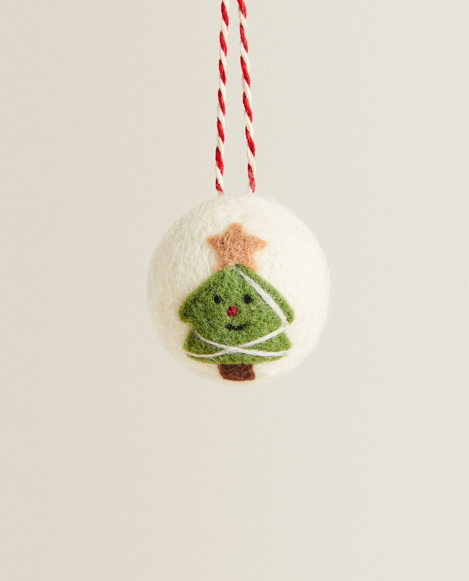 TREE BAUBLE DECORATION