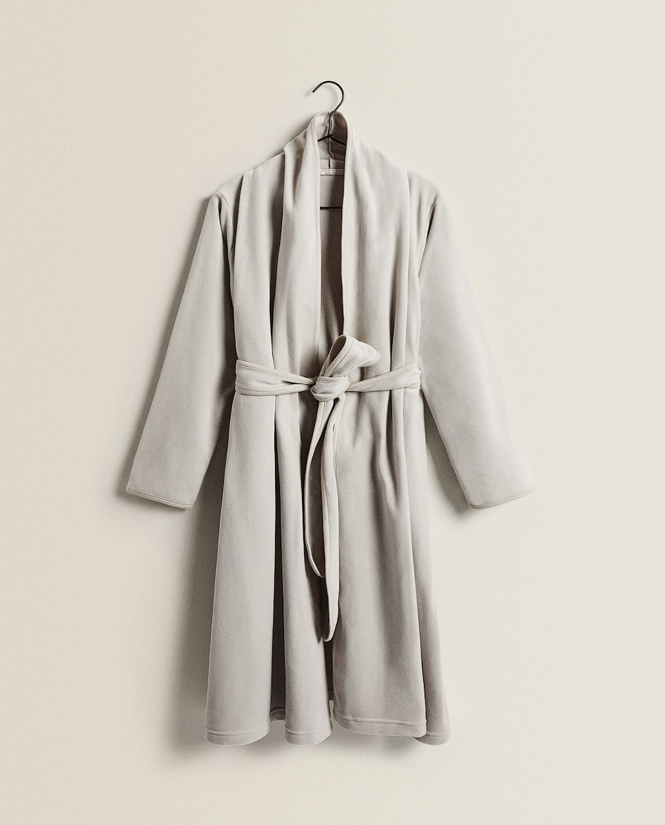 FLEECE DRESSING GOWN WITH DOUBLE COLLAR