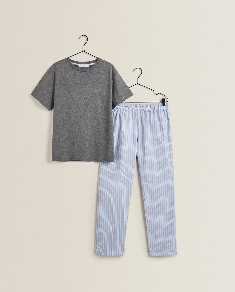SET OF MEN'S PYJAMAS WITH STRIPES