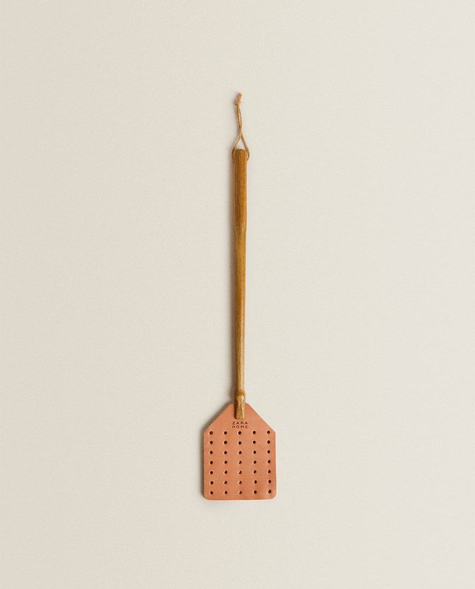 WOOD AND LEATHER FLY SWATTER