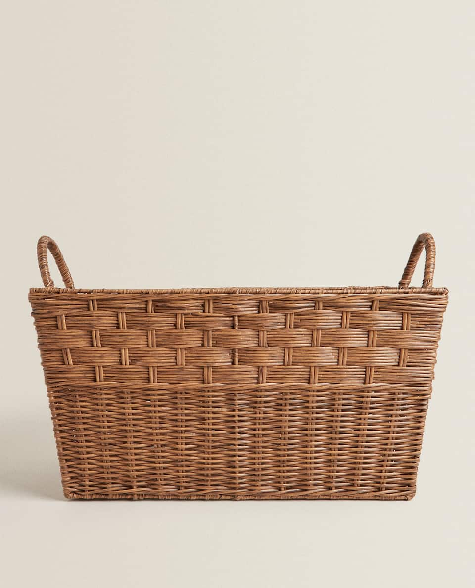 LAUNDRY BASKET WITH BRAIDED HANDLES
