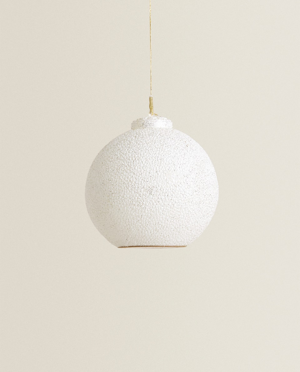CHRISTMAS BAUBLE CANDLE