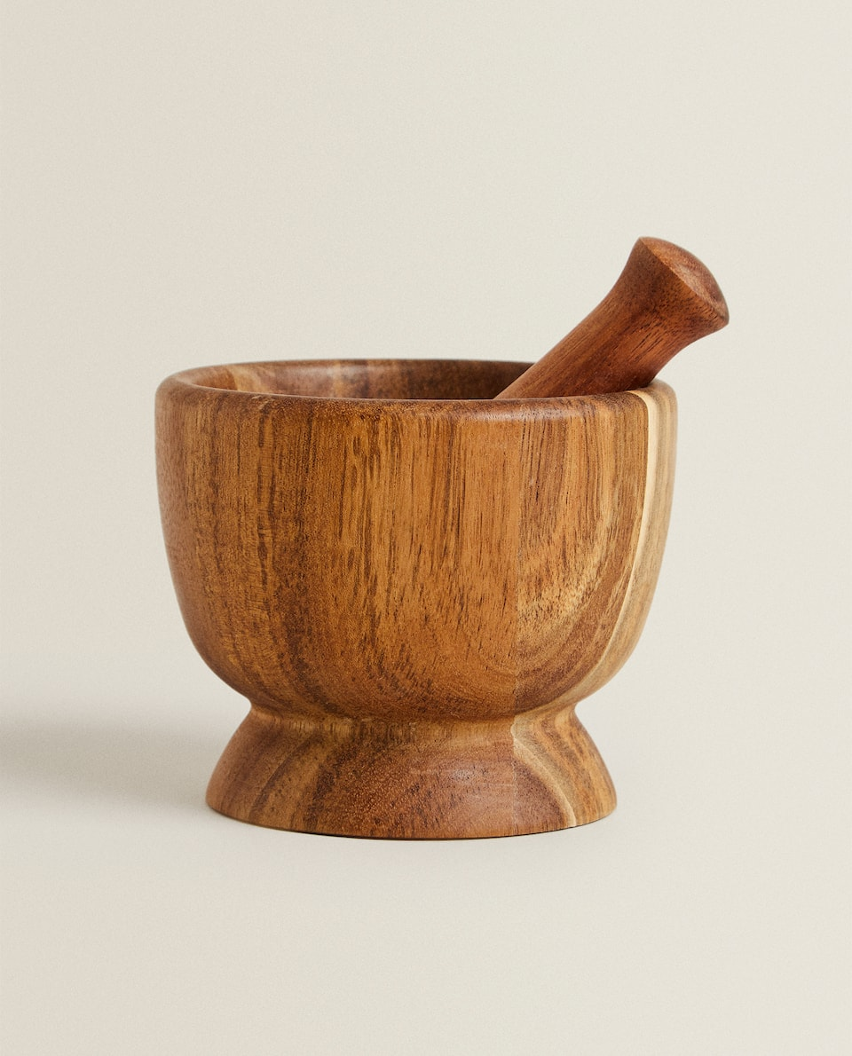 ACACIA WOOD PESTLE AND MORTAR