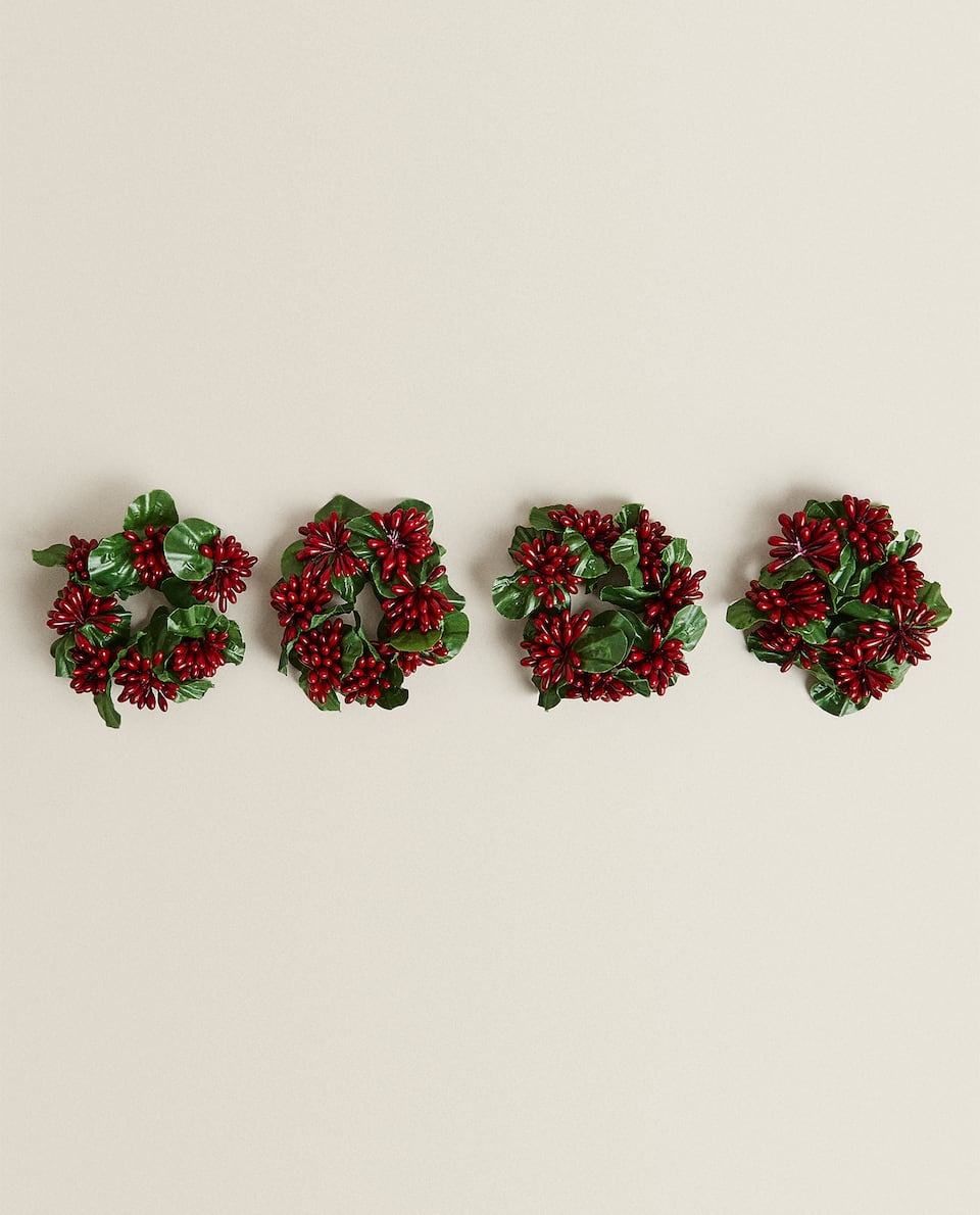 HOLLY NAPKIN RINGS (PACK OF 4)