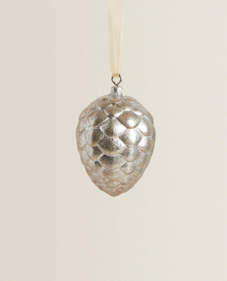 PINE CONE CHRISTMAS BAUBLE