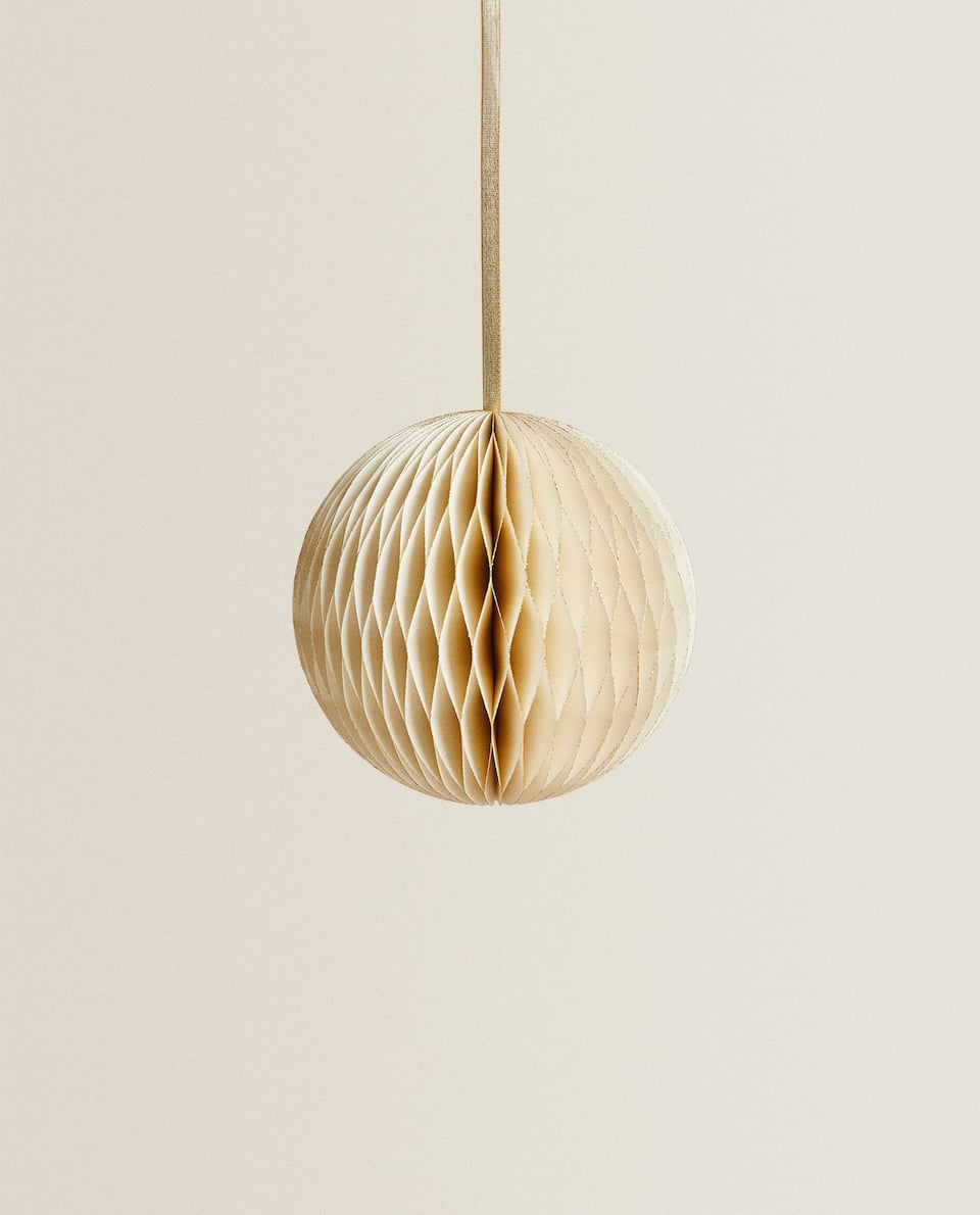 CHRISTMAS TREE BAUBLE WITH GOLD TRIM